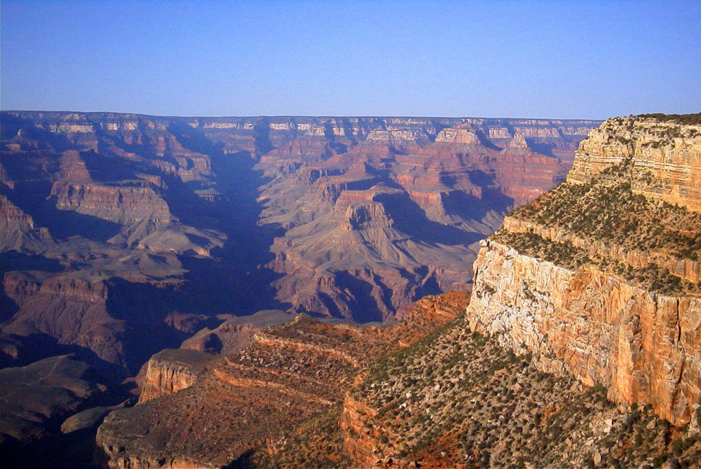The Grand Canyon is 277 miles/446 km long, up to 18 miles/29 km wide and attains a depth of over 6,000 feet/1,800 metres.