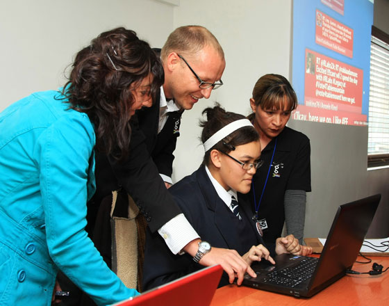 Given Gain activists and RLabs show pupils how to vote for Table Mountain