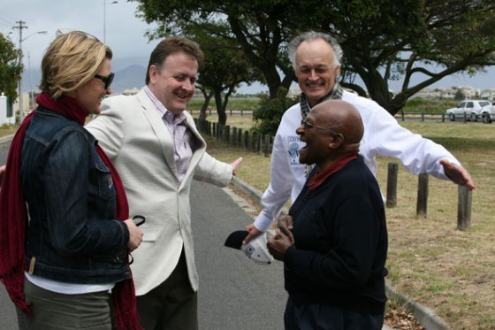 Left to right: Fiona Furey, Campaign Manager, Table Mountain; Jean-Paul de la Fuente, Director, New7Wonders; Bernard Weber, Founder and President, New7Wonders; Archbishop Desmond Tutu, Nobel Peace Prize Winner.