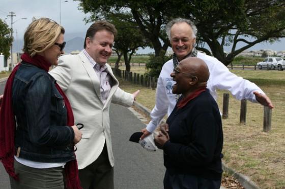 Left to right: Fiona Furey, Campaign Manager, Table Mountain; Jean-Paul de la Fuente, Director, New7Wonders; Bernard Weber, Founder and President, New7Wonders; Archbishop Desmond Tutu, Nobel Peace Prize Winner.