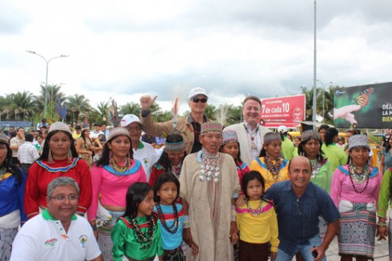 Indigenous Peruvians greet New7Wonders Founder-President and Director