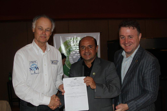 Strategic Agreement: Bernard Weber President-Founder New7Wonders (left), Ivan Vasquez Valera, President Loreto Region (centre), Jean-Paul de la Fuente, Director New7Wonders (right).