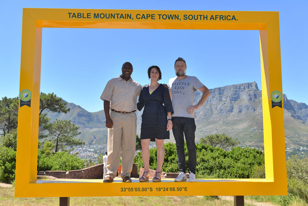 The New7Wonders Table Mountain frame team, left to right: Wana Bacela, Sabine Lehmann and Porky Hefer.